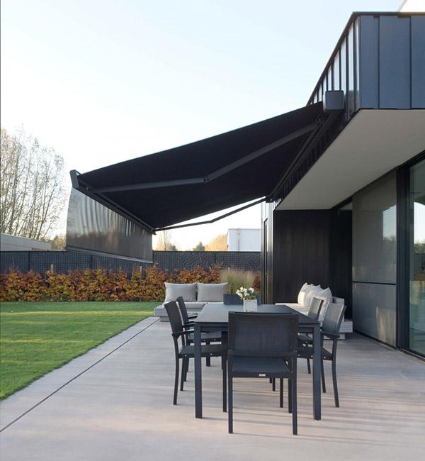 Isol&Plus - Une protection solaire pour profiter de votre terrasse en été