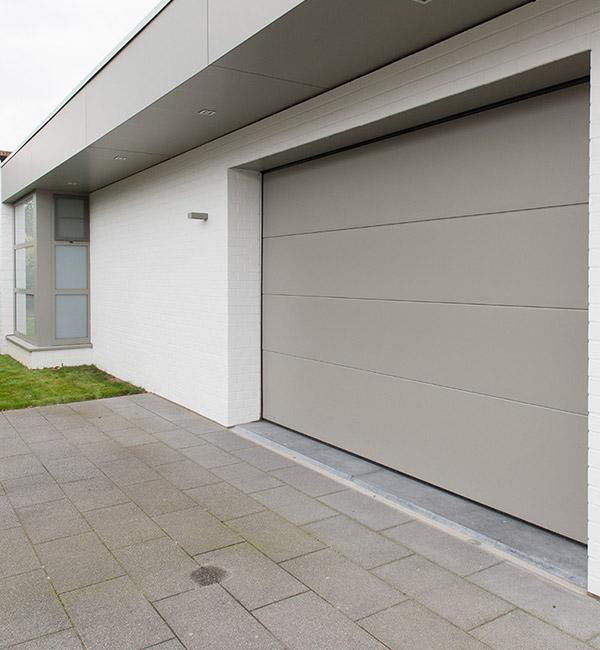 Isol&Plus - Portes de garage sectionnelles sur-mesure à Namur