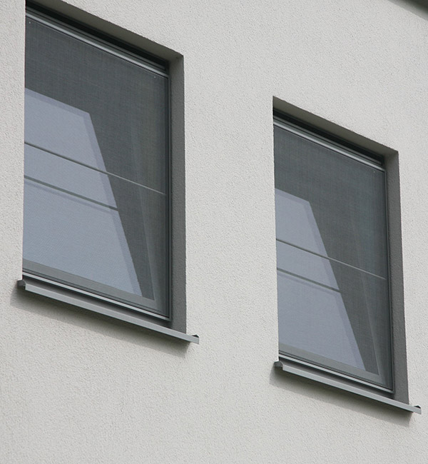 Isol&Plus - Des moustiquaires fabriquées sur-mesure pour vos portes et fenêtres