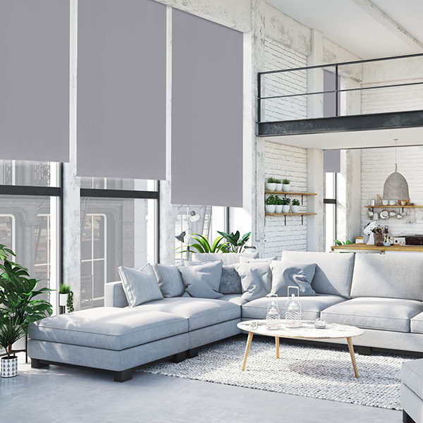 Isol&Plus - Classique et intemporel, le store enrouleur convient à toutes les pièces de la maison, du salon en passant par les chambres et la salle à manger
